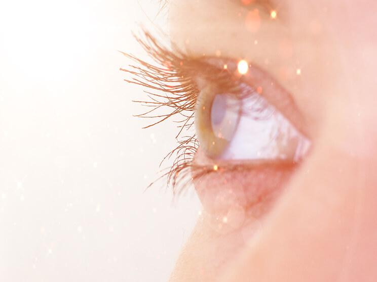 optimum-egyedulallo-fenyterapian-alapulo-szaraz-szem-kezeles
