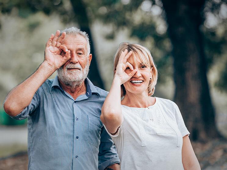 A makula degeneráció egy időskori szembetegség, ami rendkívül kellemetlen tünetekkel jár.